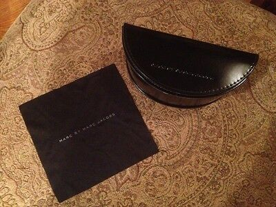 Marc By Marc Jacobs Black Sunglasses Case Holder With Cloth Very Nice!