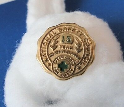 National Safety Council 15 year no accident award  lapel pin - Green Cross safet