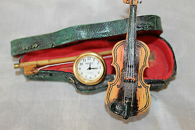Vtg Breeze Mini Violin Clock