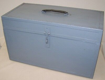 Beautiful old Box Transport chest, Ammunition box Vintage Design Treasure chest