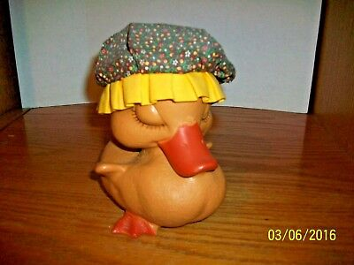Vintage  Niagara Plastic Hard Plastic Bank 6.5 inch Duck Wearing Hat