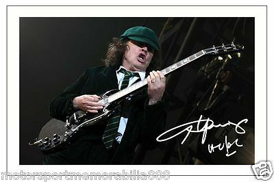 Angus Young Signed 6X4 Photo Print Autograph Ac/dc Acdc Back In Black