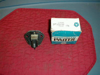 Nos Mopar 1973 Nox Vacuum Delay Valve Most All Models