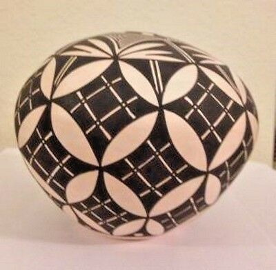 New Mexico Acoma Pueblo Hand Coiled Pot by Theresa Salvador 4 5/8 inches