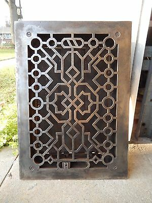 Southwestern (8X12) Cast Iron Grate With Louvered Back