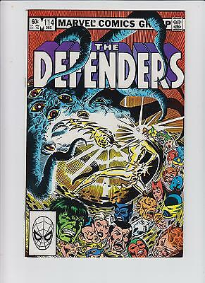 Lot 10: The Defenders Comic Books (1982-1983)- High Grade