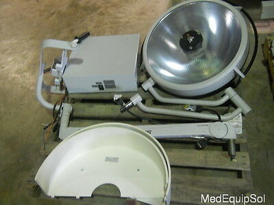 Stryker Visum Surgical Light w/ Control Box Incomplete