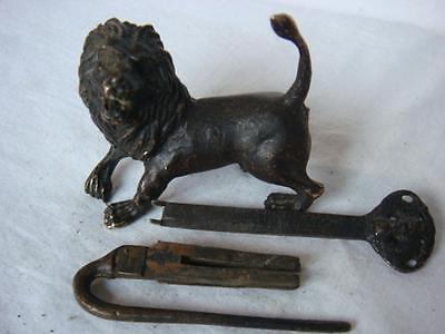 """Rare old Tibet  Brass Carved """"lion"""" lock & key,work well"""