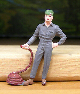 Pewter Railroad Figure People Gas Station Attendant O- S Scale Train Layouts