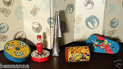 Antique Vintage Old 1920-40s Metal Wood Party Toy Noisemakers Lot TV92113012