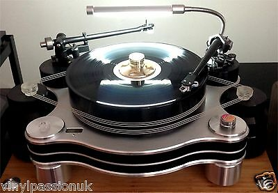 Turntable Lamp Vinyl Passion illuminati for UK-USA-EU Hi Fi Choice 5 star rating