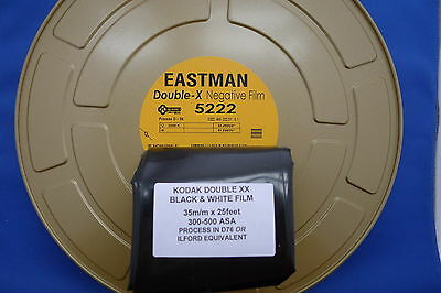 KODAK EASTMAN DOUBLE xx (5222)  35MM x 25ft BULK B/W NEG/PRINT FILM 200-600 ASA