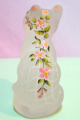 Mosser Glass Sitting Cat W /  Bride's Veil W/ Pink Flowers ~ Green Eyes ~Special