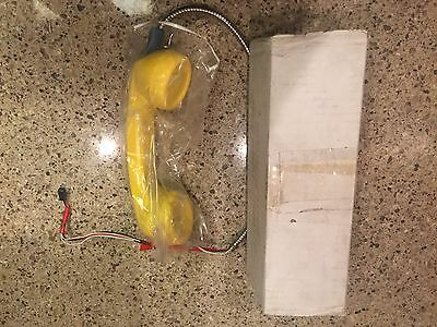 """Payphone Handset Yellow 15"""" New In Box Jail HSPC14YLW"""