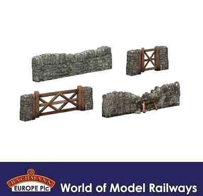 Bachmann 44-580 Dry Stone Walling and Gates OO Gauge
