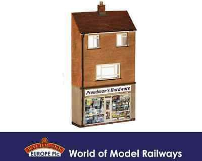 Bachmann 44-256 Low Relief Hardware Store with Maisonette OO Gauge Building