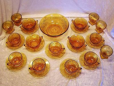 Indiana Glass Amber Daisy No. 620. 1940's 28 Pieces