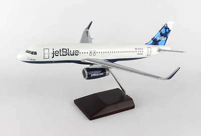Jetblue Airbus A320-200W Blueberries N828JB Desk Display 1/100 Model ES Airplane
