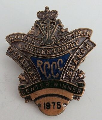 1975 Rccc Royal Victoria Jubilee Trophy Curling Center Winner Pin  (Inv1167)