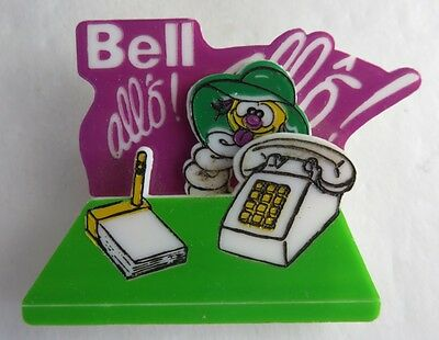 Vintage Bell Canada French Motion Pin Pinback Button   (Inv2553)