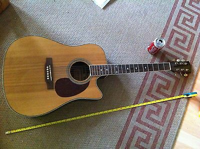 FleetWood Electro Acoustic Full Size Guitar SDC 130SCE
