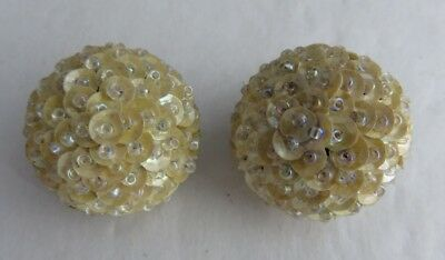 Vintage Cream Coloured Beaded Snowball Clip On Earrings         (Inv3249)