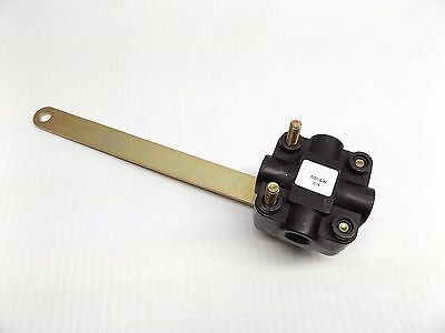 Barksdale 52321 Series Air Suspension Leveling Valve Without Dump