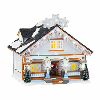 Dept 56 North Pole Village Series The Snowflake House 4044854 NEW Lighted NIB