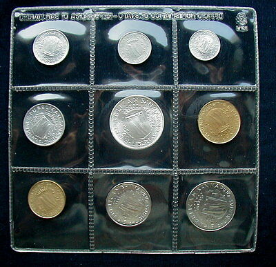 1981 Italy S Marino complete official set coins UNC with silver in official box