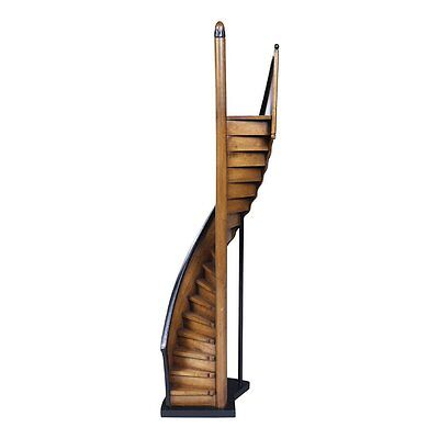 Authentic Models Americas AR013 Authentic Models Lighthouse Steps Statue