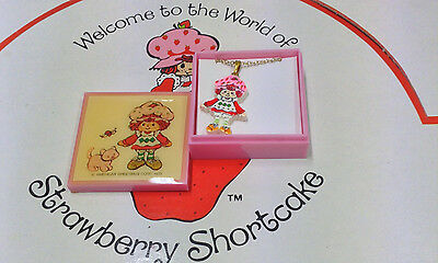 "Strawberry Shortcake ""strawberry ""vintage Necklace American Greetings Corp 1985"