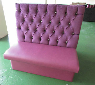Chesterfield Button Style Booth / Restaurant / Bar  Seating.