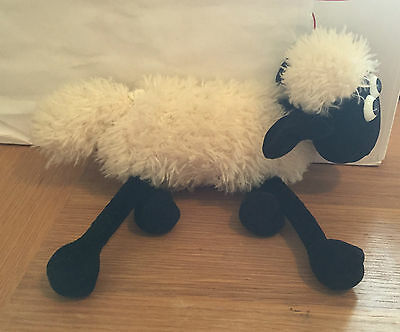 Wallace & Gromit - Shivering Shawn The Sheep Vibrating Plush Toy!