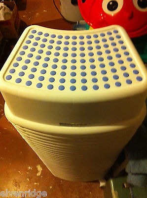 Child's step stool no slip skid w treads NEW from IKEA