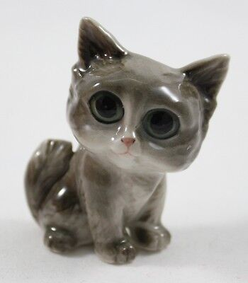 Gray Cat Kitten Animal Figurine Ceramic Handcrafted Hand Painting Collectibles