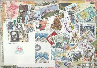 Slovakia 1995 mint never hinged mnh Complete Volume in clean Conservation