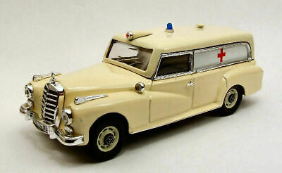 Mercedes-Benz 300D Ambulance 1961 1:43 Model RIO