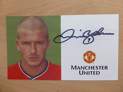 2000-02 David Beckham Signed Man Utd Club Card (8386)