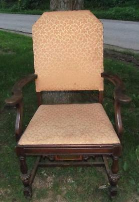 Vintage Armed Parlor? Chair