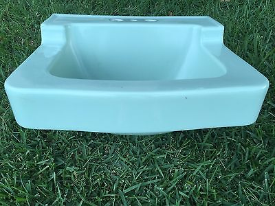 Vintage 1950's MINT GREEN Porcelain LAVOROTORY BATHROOM SINK!!