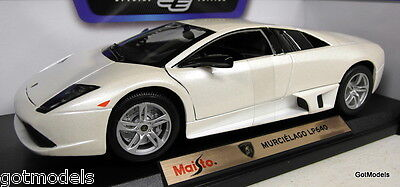 Maisto 1/18 Scale 46629 Lamborghini Murcielago LP640 White Diecast model Car