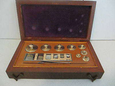 """Vintage """"howe And French Inc."""" 8 Pc Set Brass Scale Weights  #5"""