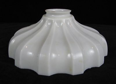 Vintage Milk Glass Sheffield Style Light / Lamp Shade 0952