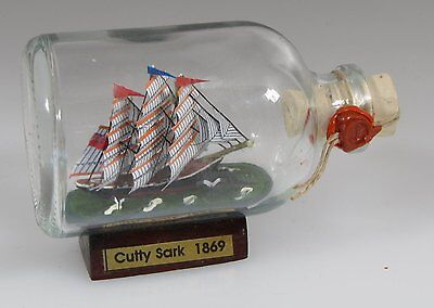 Cutty Sark Mini Buddelschiff 50 ml 7,2 x 4,5 cm original Flaschenschiff Handmade