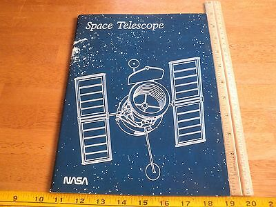Spacel Telescope 1982 NASA facts boolet magazine 64 pages making of and views