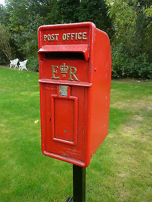 Royal Mail Post office Box ERII pillar box INCLUDING STAND POST