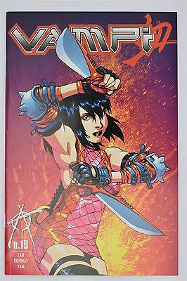 Harris Comics Vampi #19 June 2002 NM/NM+ 1st Limited Vampirella Kevin Lau