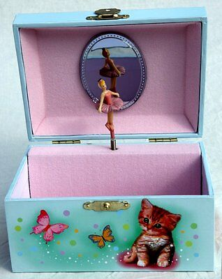 Wooden Jewellery Musical Box with kittens on the lid