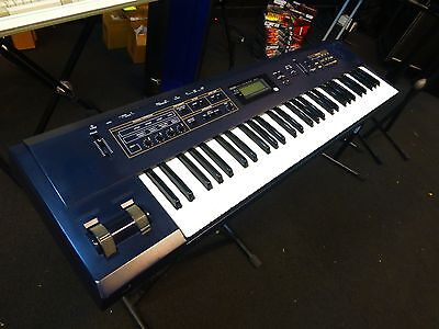 Korg N5Ex N5-Ex 64-Voice W/arpeggiator 61-Key Digital Synthesizer Keyboard