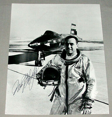 Original NASA Test Pilot William J. Pete Knight Signed Photo